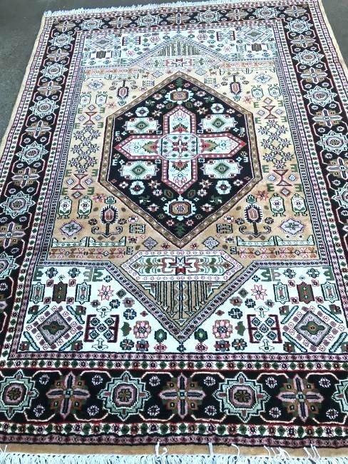 Hand-Woven Silk Geometric Design Area Rug