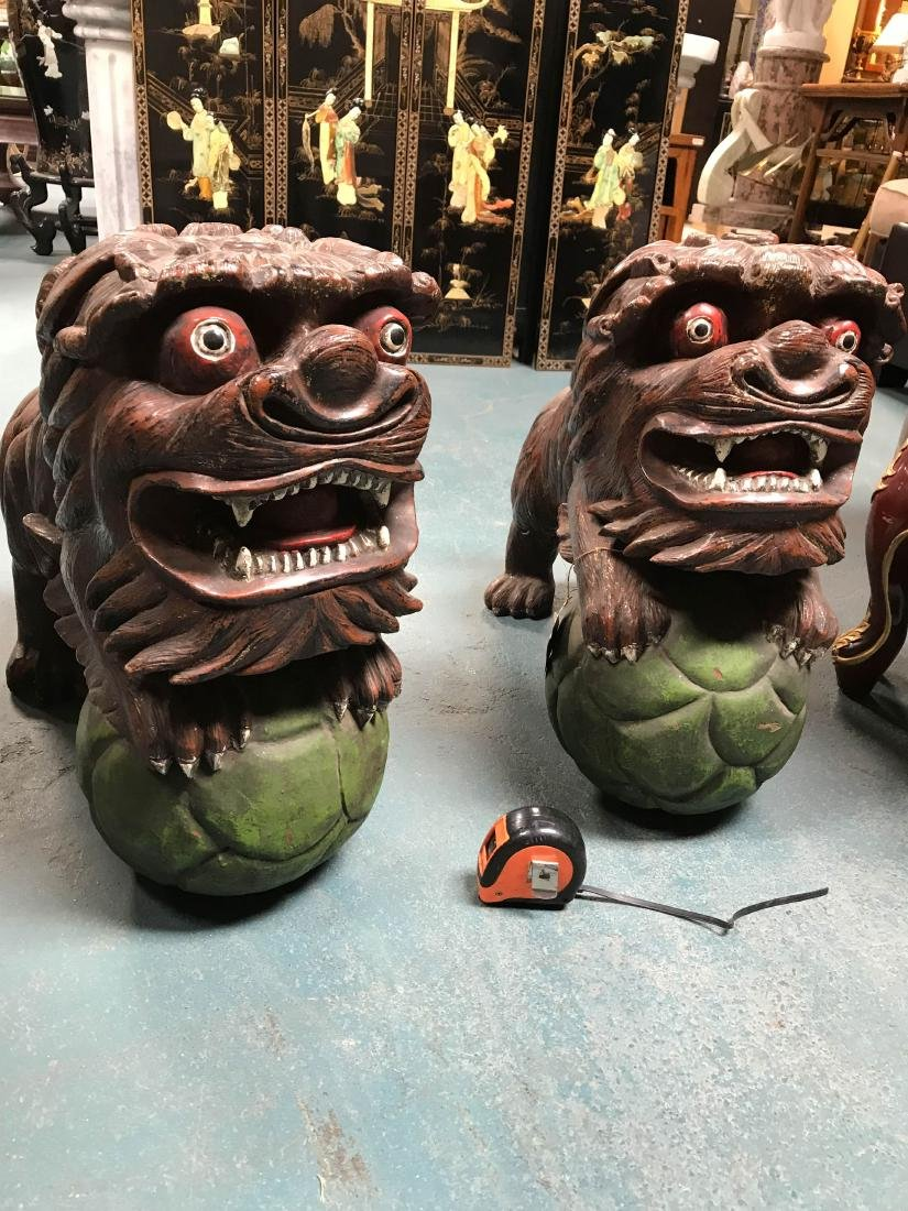 Antique Painted Carved Wood Pair of Foo Dogs - 4