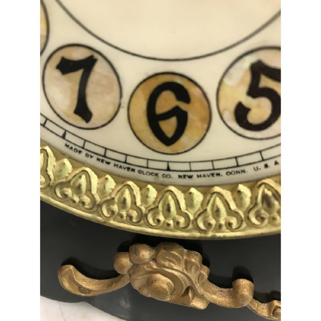 Vintage American New Haven Clock - 4