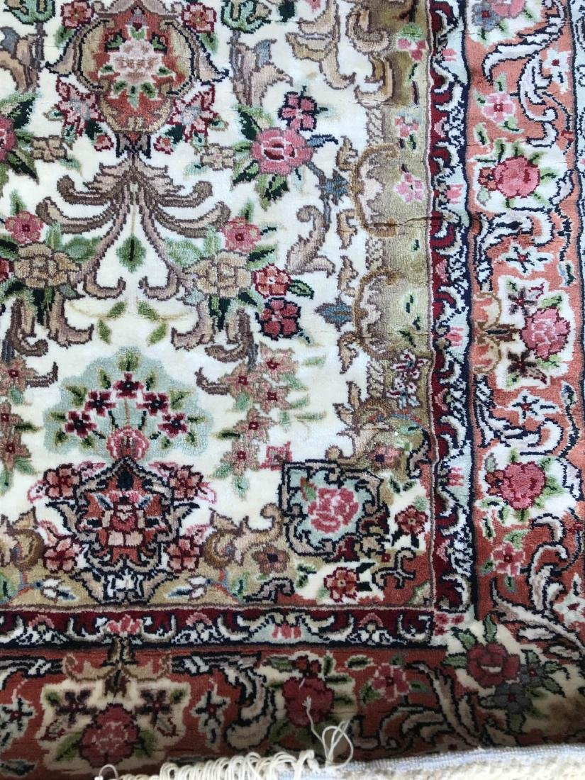 Hand-Woven Wool, Silk Area Rug w/ Floral Design - 4