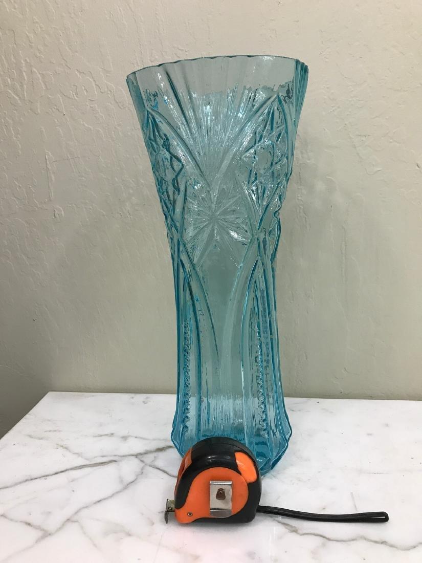 Art Deco Tall Turquoise Glass Vase - 5