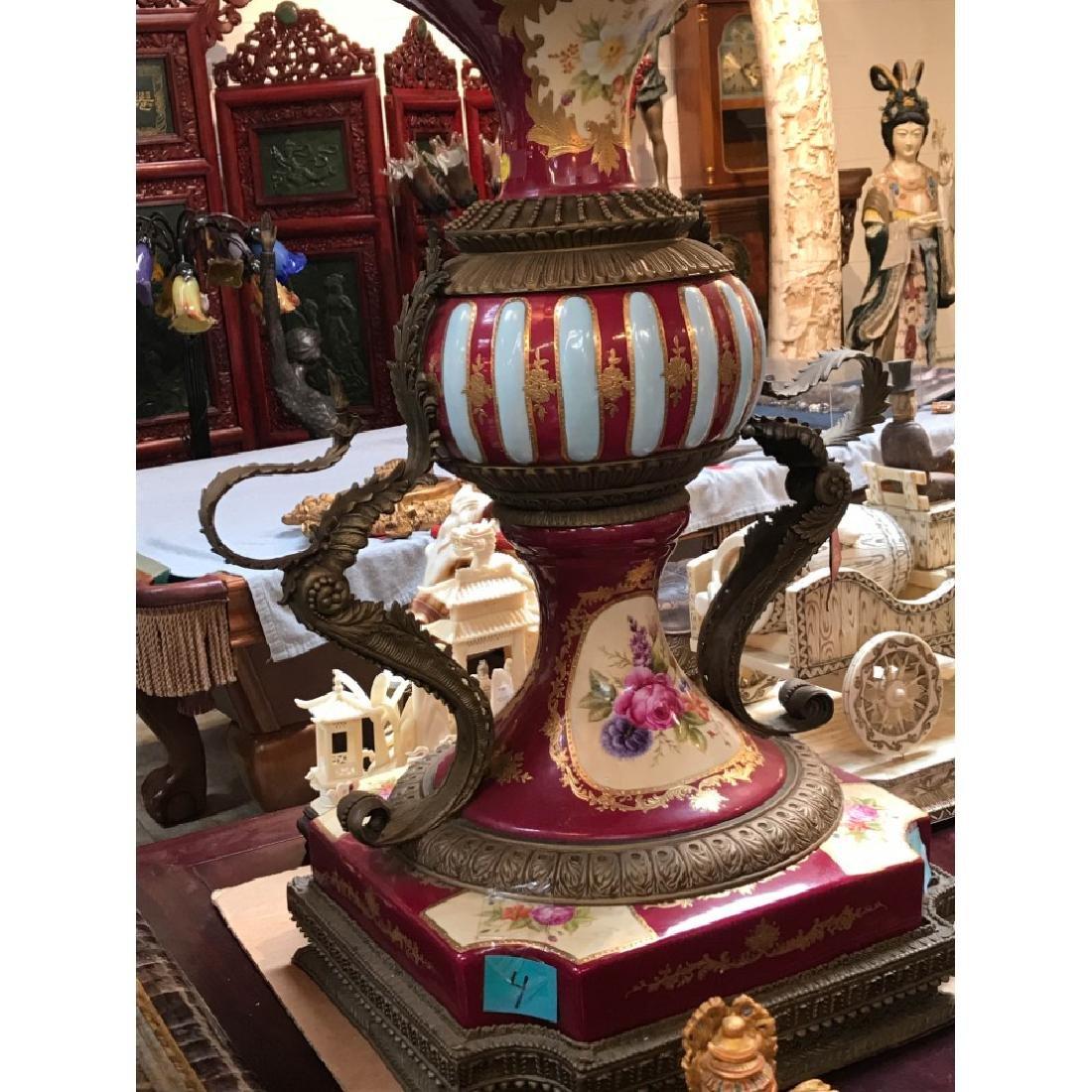 Pair of Porcelain Bronze 24k Hand-Painted Vases - 10