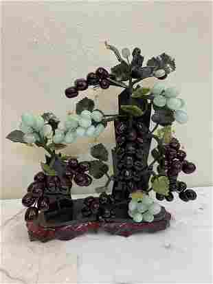Hand-Crafted Jade Grapes and Leaves Figurine
