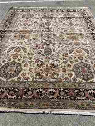 Hand-Woven Fine Wool Area Rug with Floral Design