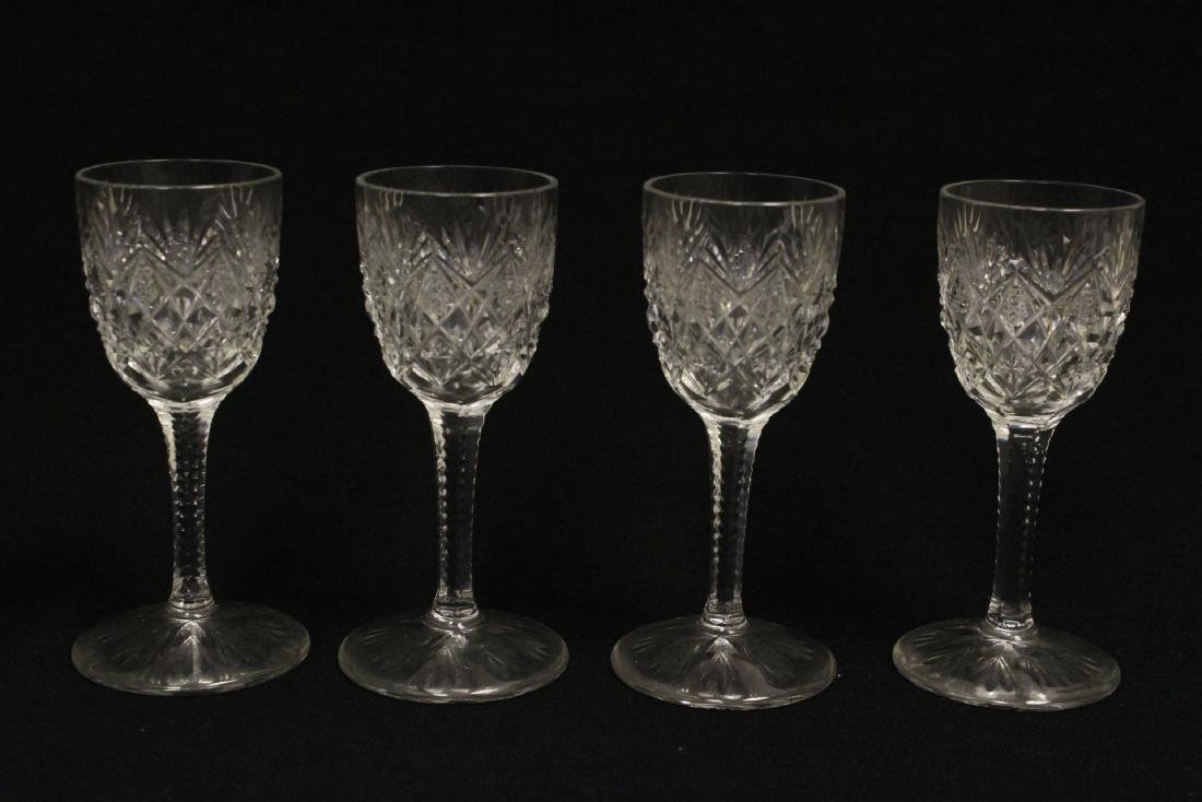 12 cordial crystal goblets by St. Louis - 4
