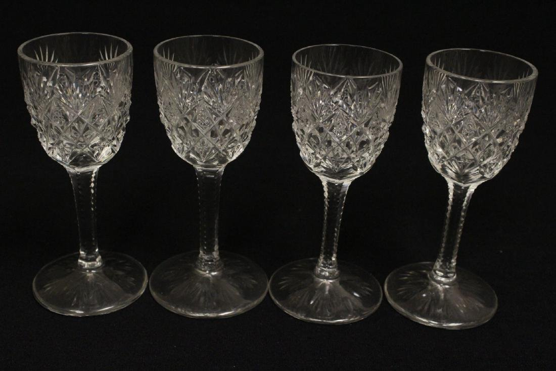 12 cordial crystal goblets by St. Louis - 7