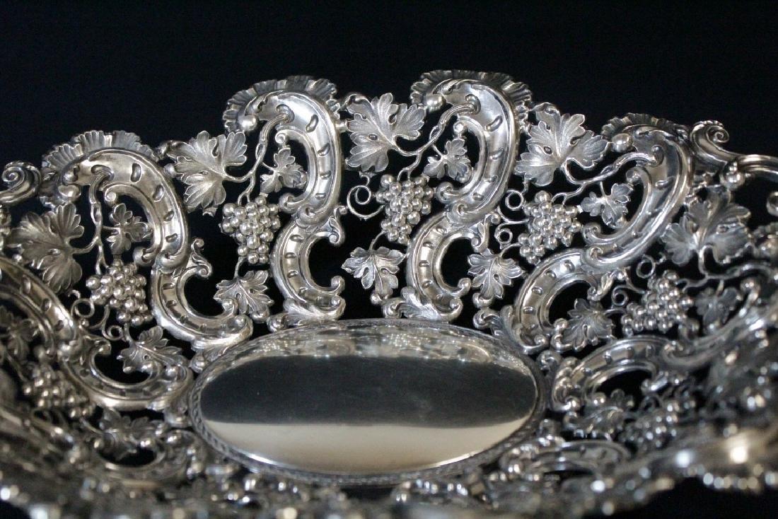 Very fancy Continental silver bread tray - 8