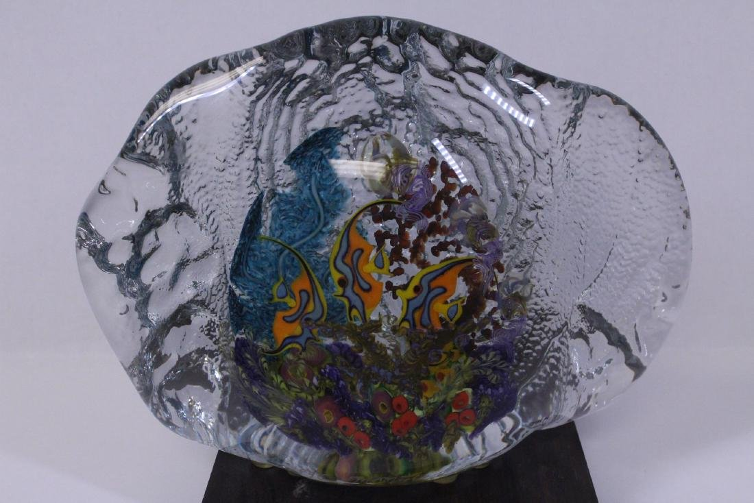 Murano glass boulder decorated with fish inside - 2