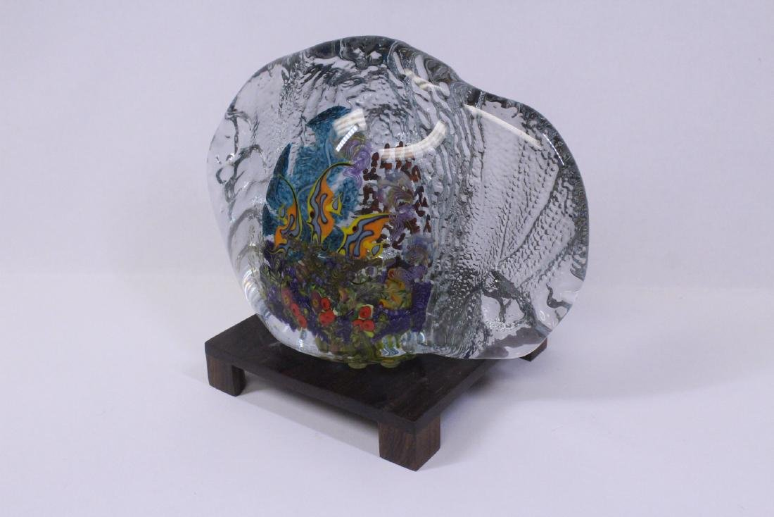 Murano glass boulder decorated with fish inside - 4
