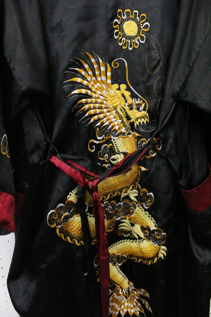 2 Chinese embroidery silk robes - 5