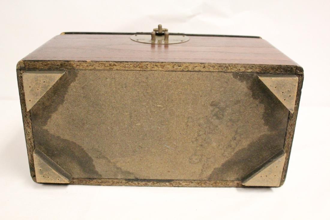 Chinese antique storage box - 10
