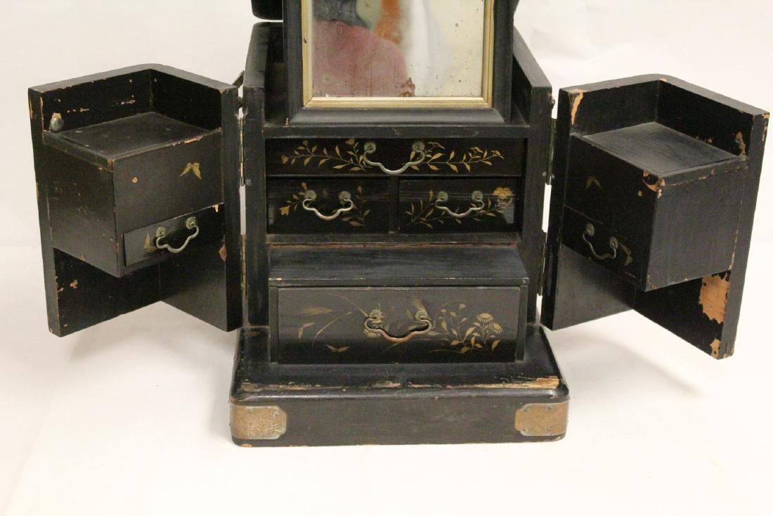 Japanese 19th c. lacquer lady's dressing box - 4