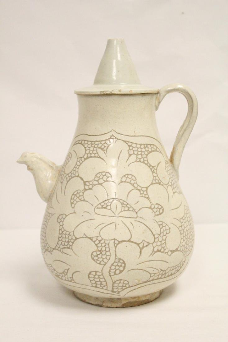 Chinese Song style white porcelain wine server