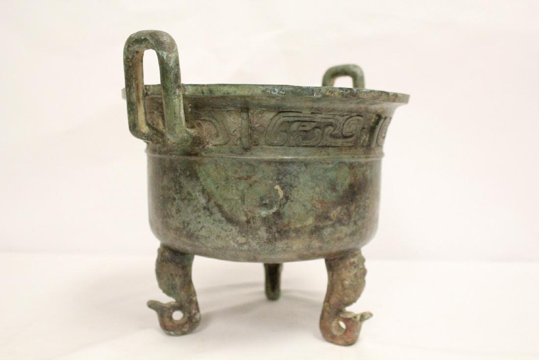 A large Chinese archaic style bronze tripod ding - 8