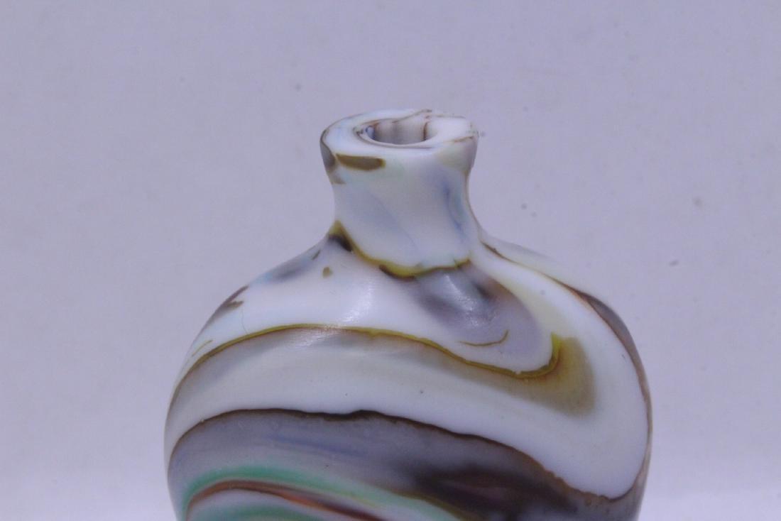 Peking glass snuff bottle - 3