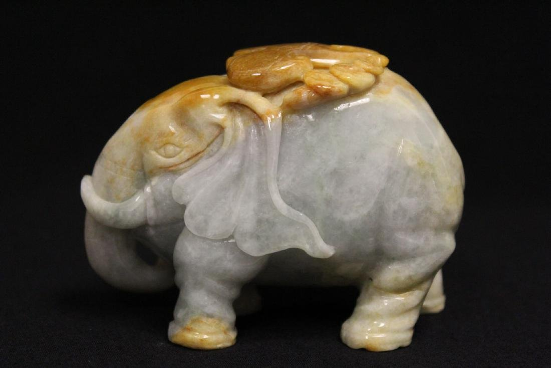 A beautiful Chinese jadeite carved elephant - 3