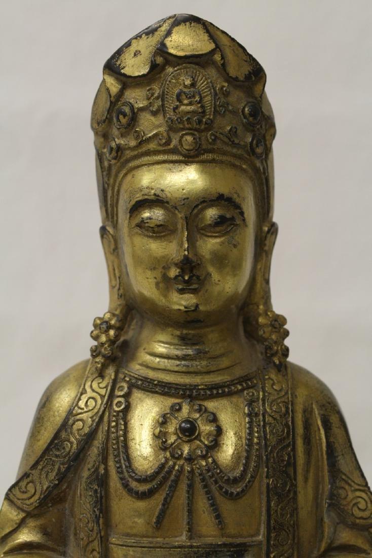 Chinese gilt bronze Buddha w/ gilt bronze stand - 4