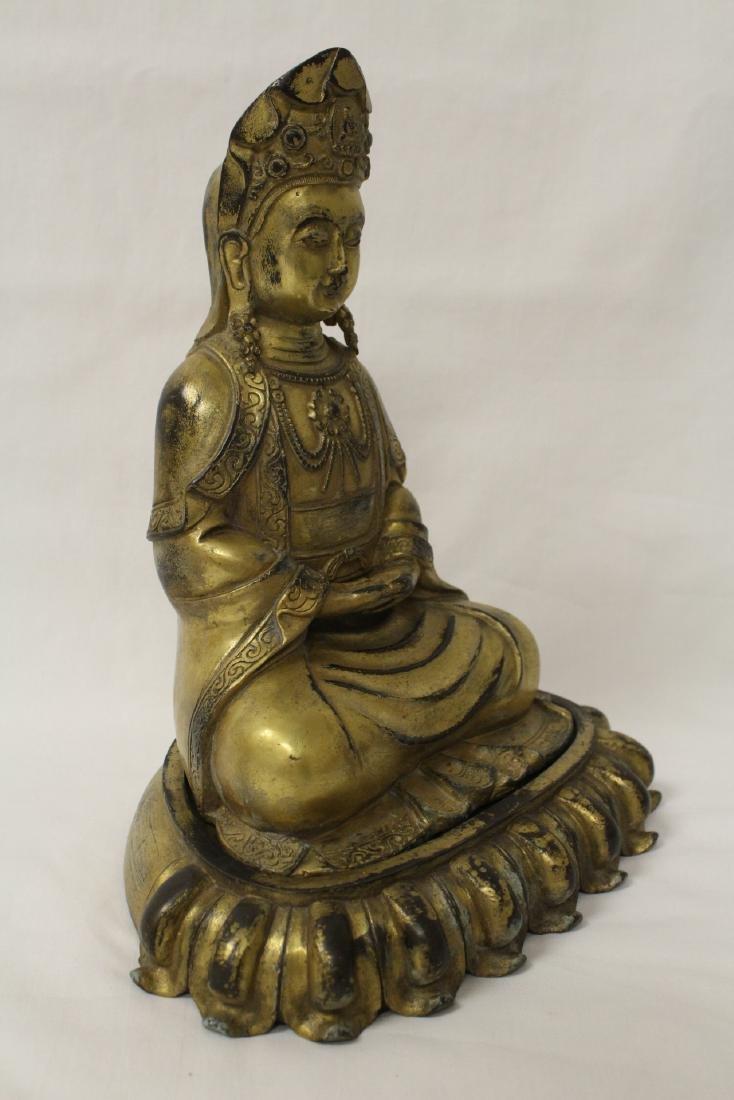 Chinese gilt bronze Buddha w/ gilt bronze stand - 6
