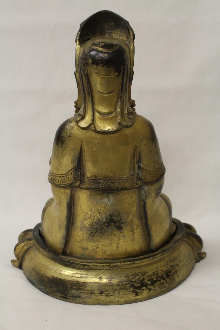 Chinese gilt bronze Buddha w/ gilt bronze stand - 7