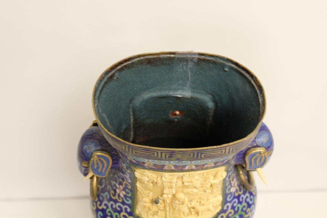 A large Chinese cloisonne vase with bone plaque - 3
