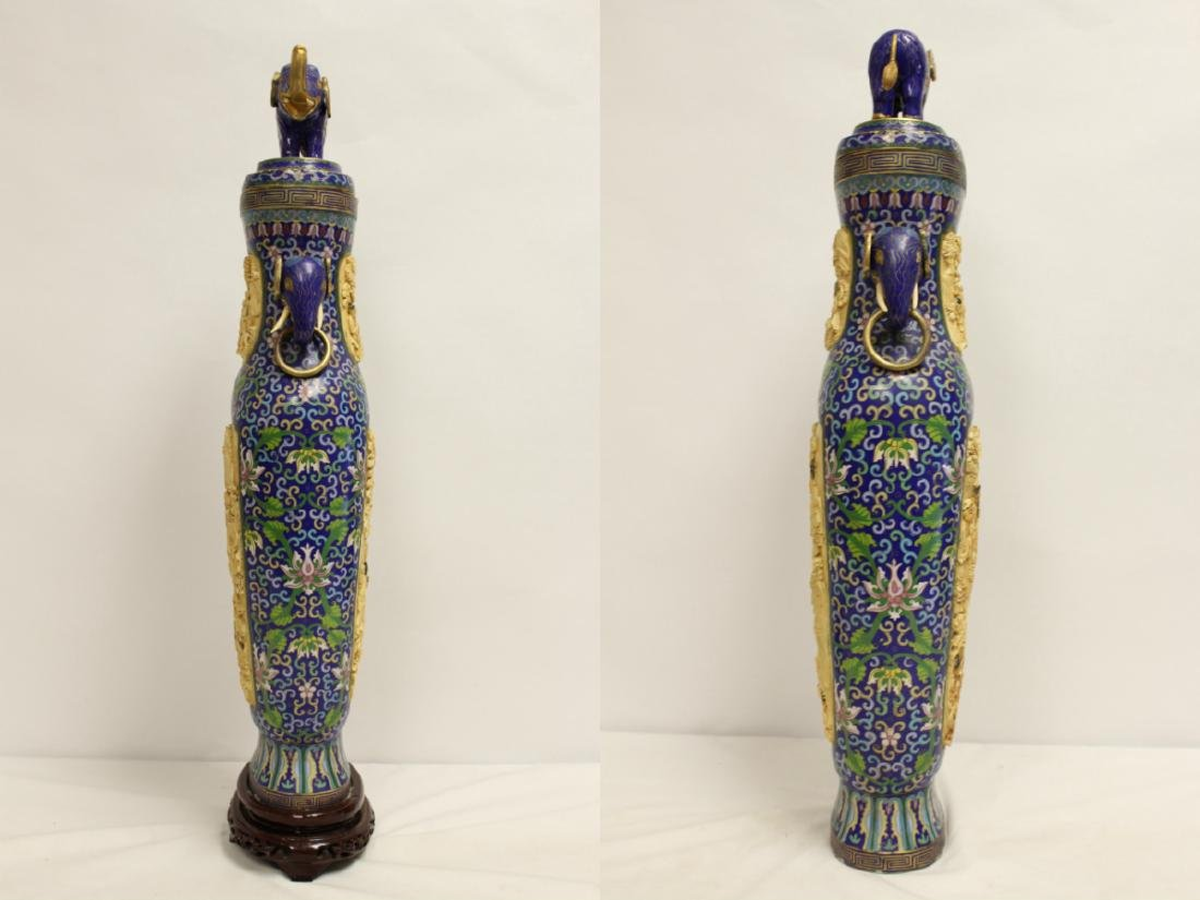 A large Chinese cloisonne vase with bone plaque - 6