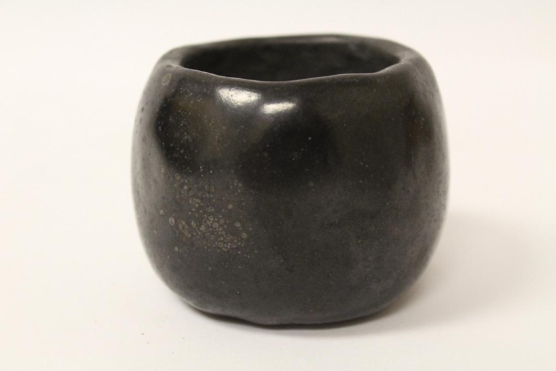 Black Indian pottery bowl - 4