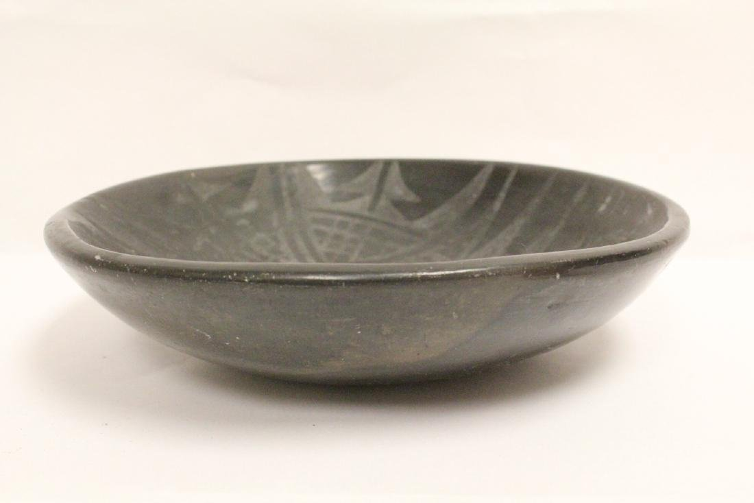 Black Indian pottery bowl - 5
