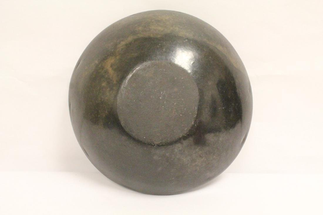 Black Indian pottery bowl - 7
