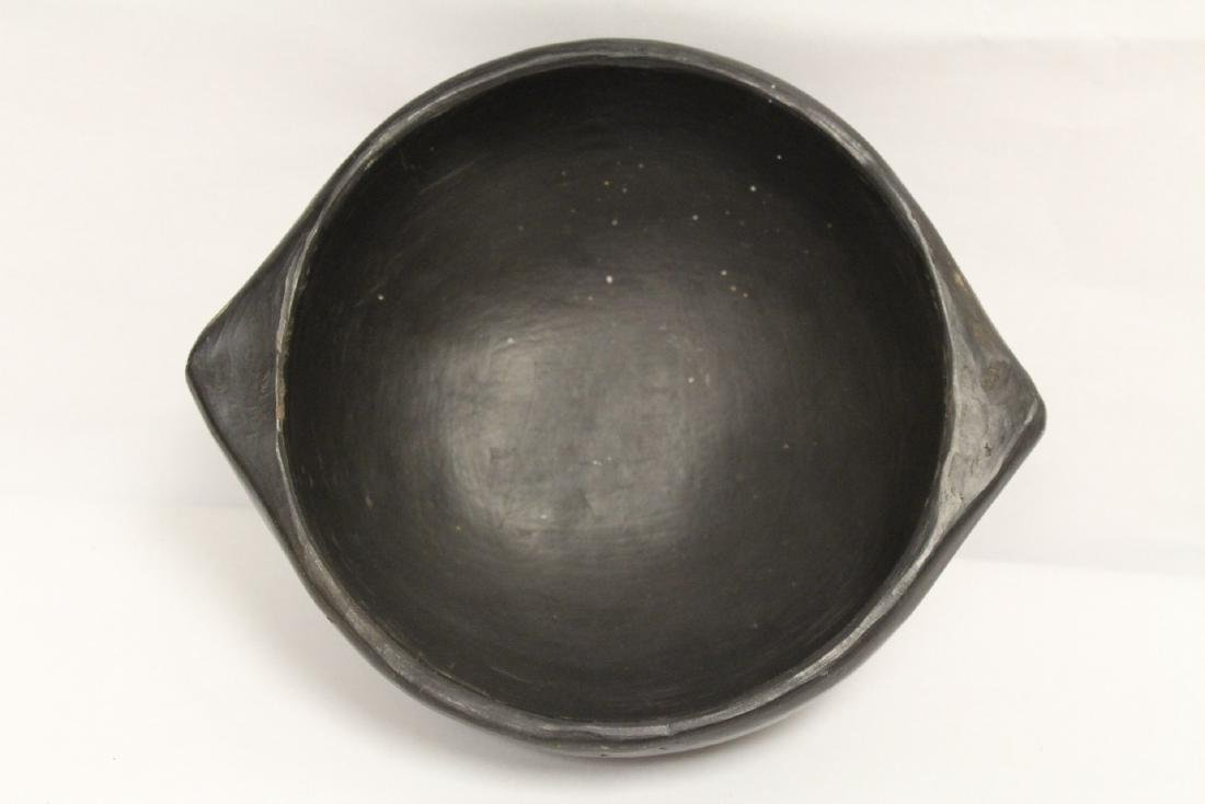 A black Indian pottery bowl - 7