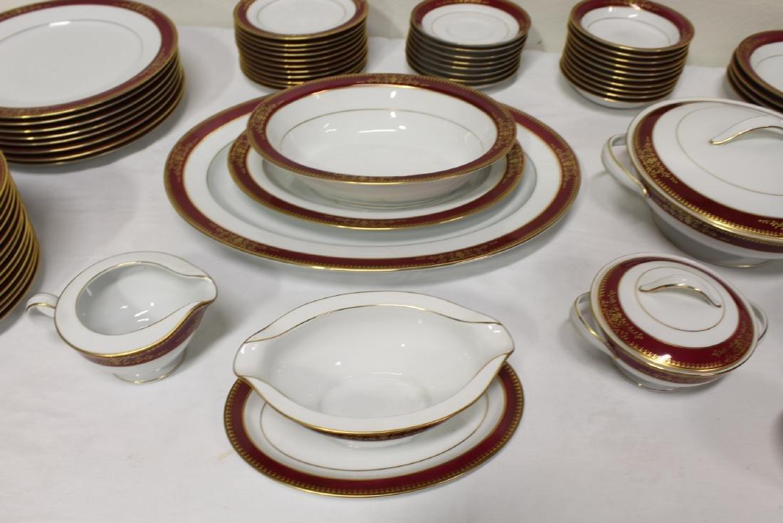 Large Noritake china set - 3