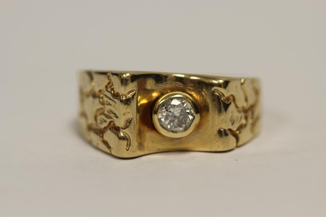 A 14K rose gold retro style diamond ring