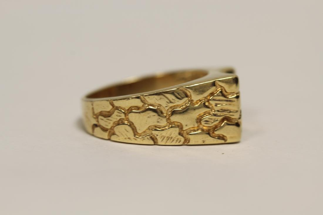 A 14K rose gold retro style diamond ring - 2