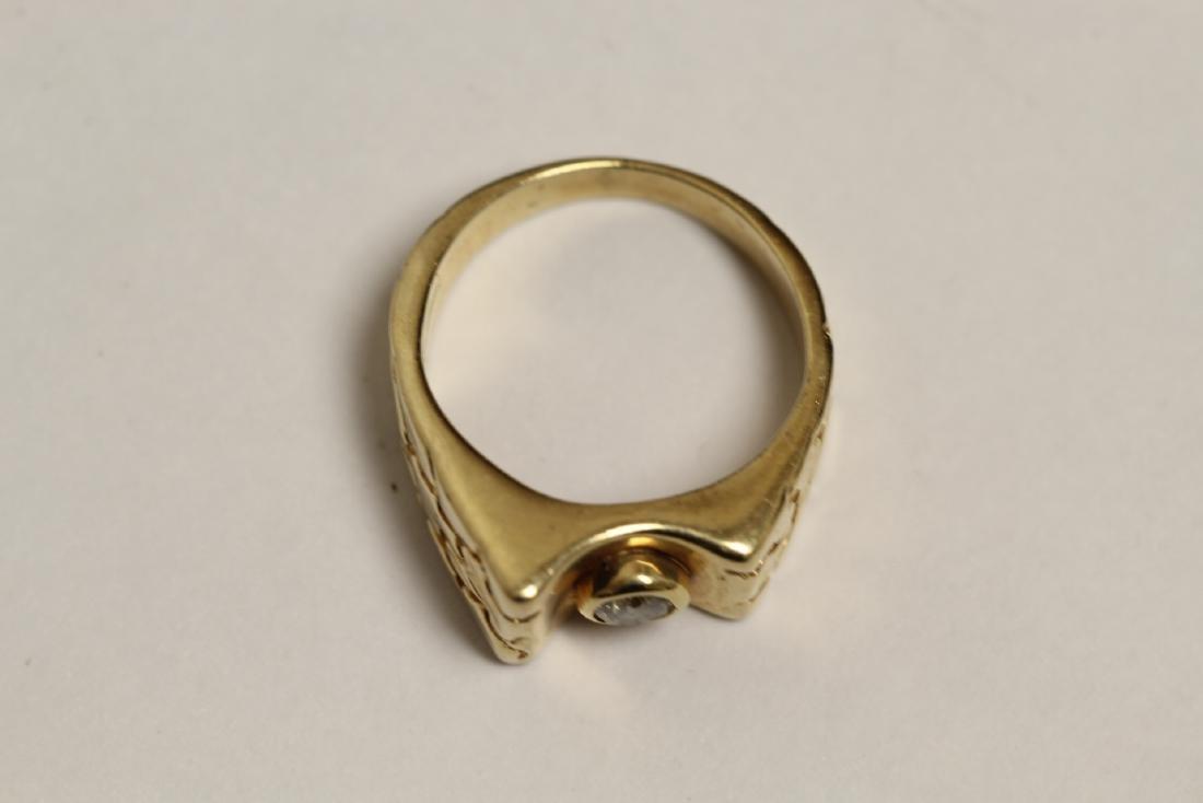 A 14K rose gold retro style diamond ring - 5