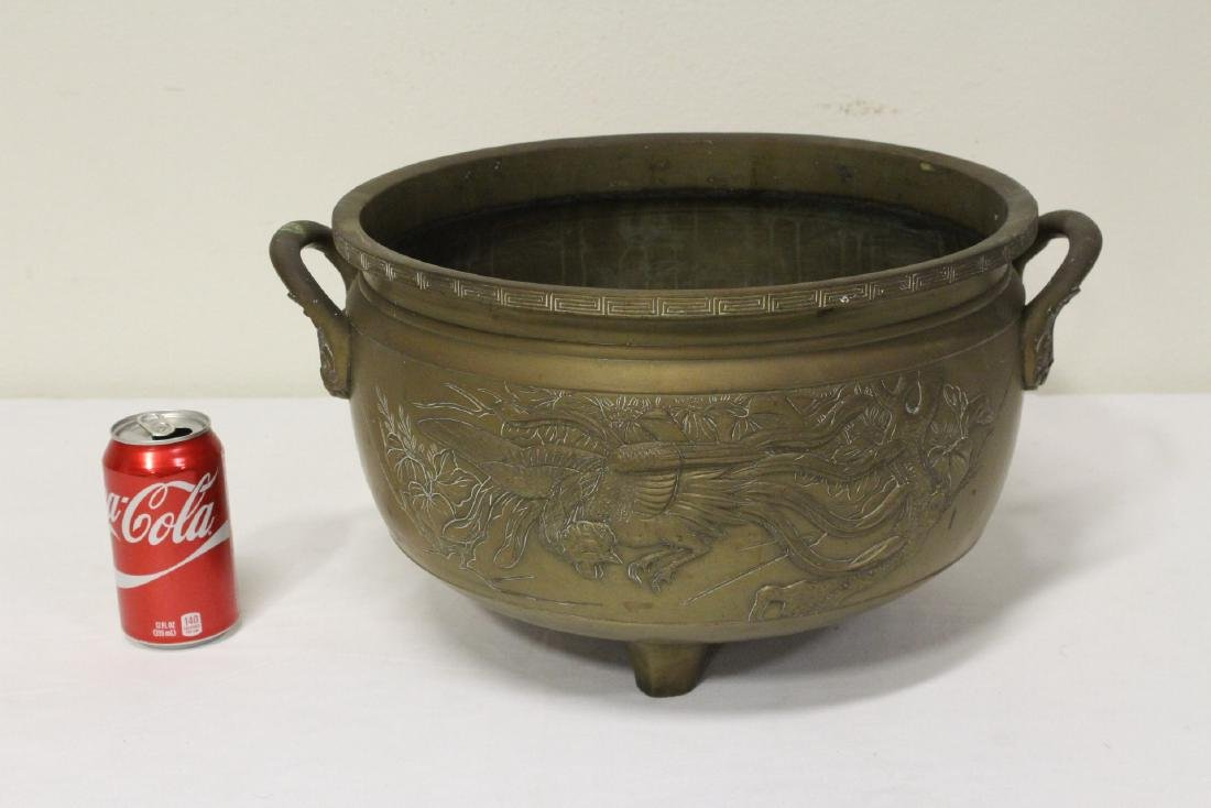 A large Chinese bronze antique temple censer