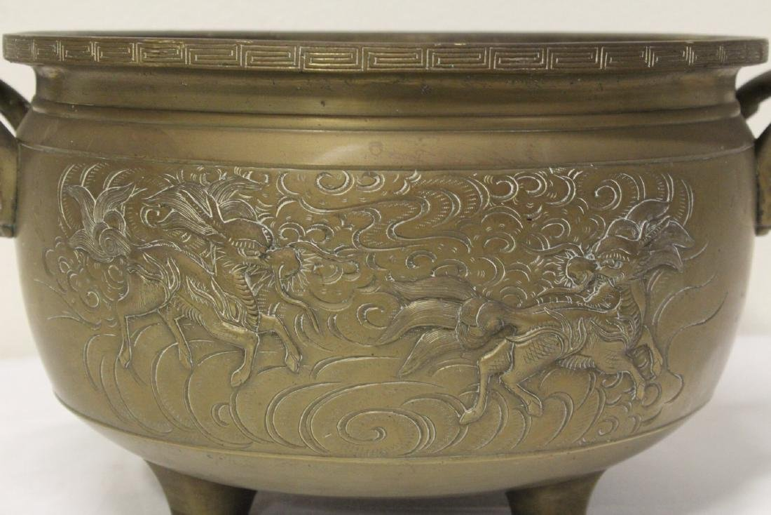 A large Chinese bronze antique temple censer - 8