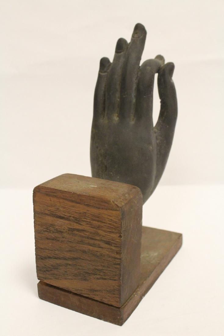 Chinese bronze Buddha hand on stand - 4