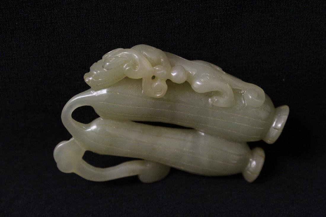 Chinese jade carved ornament in fruit motif - 5
