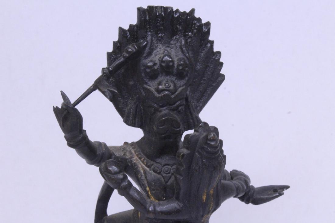 A very heavy Tibetan bronze sculpture - 4