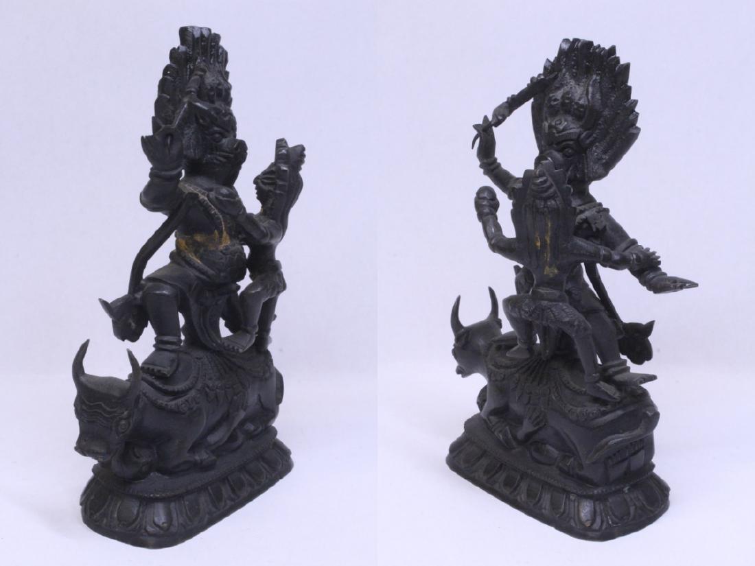 A very heavy Tibetan bronze sculpture - 5
