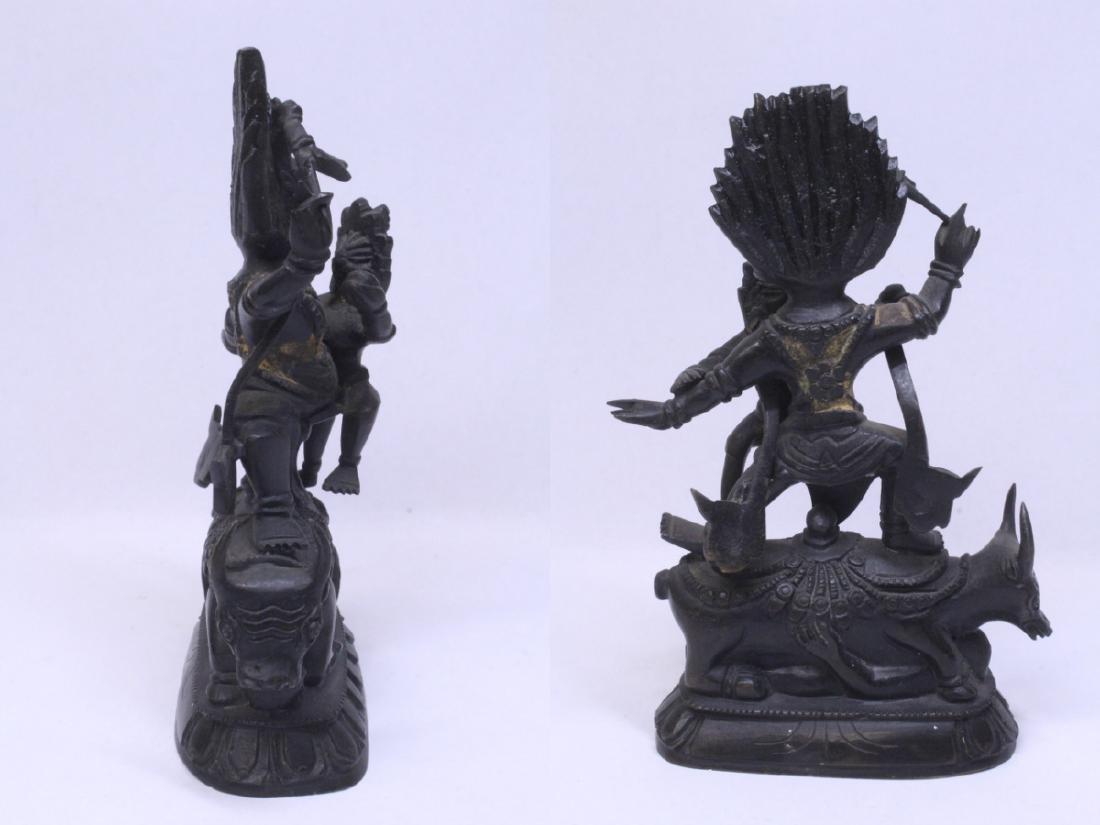 A very heavy Tibetan bronze sculpture - 6