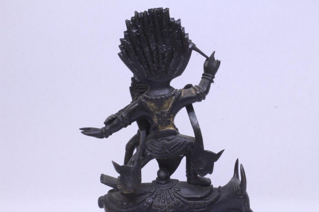 A very heavy Tibetan bronze sculpture - 8