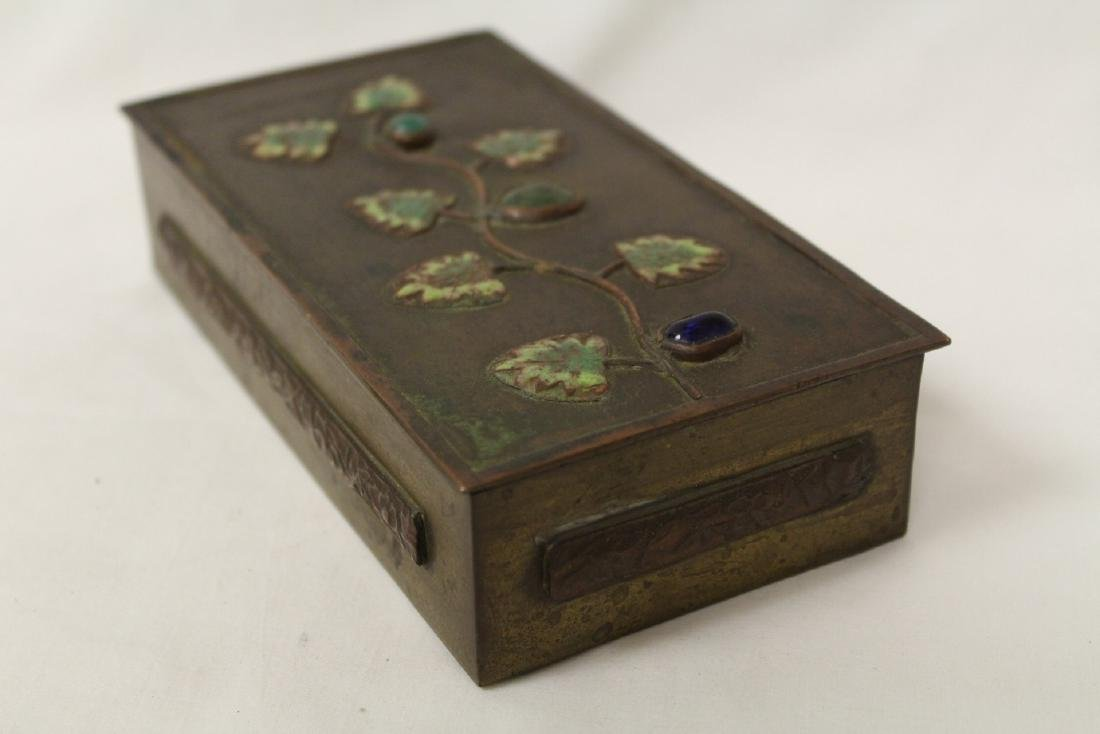 Chinese bronze box decorated with enamel - 10