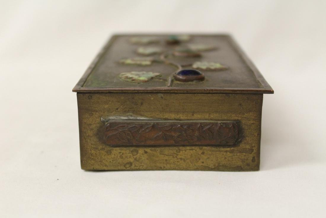 Chinese bronze box decorated with enamel - 3