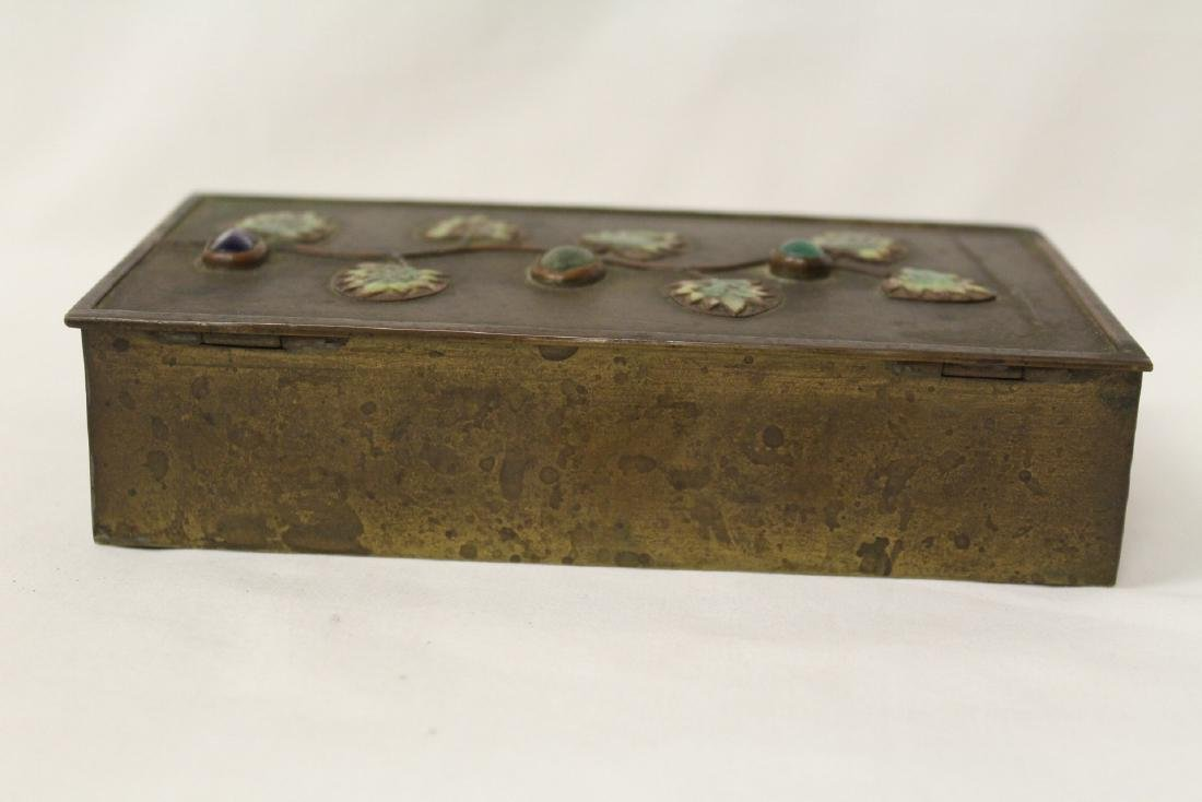 Chinese bronze box decorated with enamel - 4