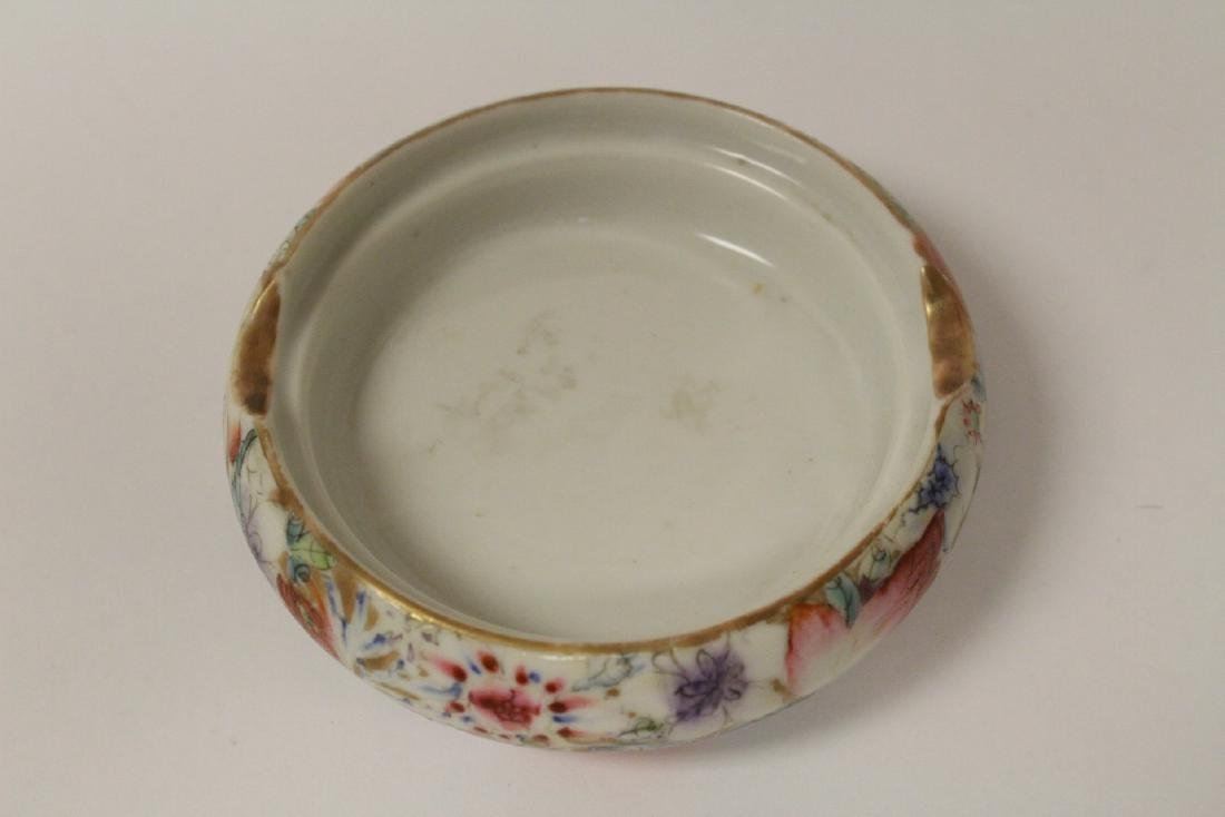 2 Chinese famille rose porcelain pieces - 8