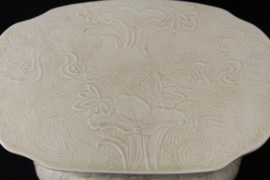 Chinese Song style white porcelain pillow - 4