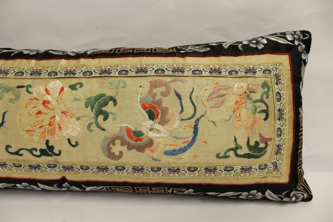 2 Chinese embroidery pillows - 4