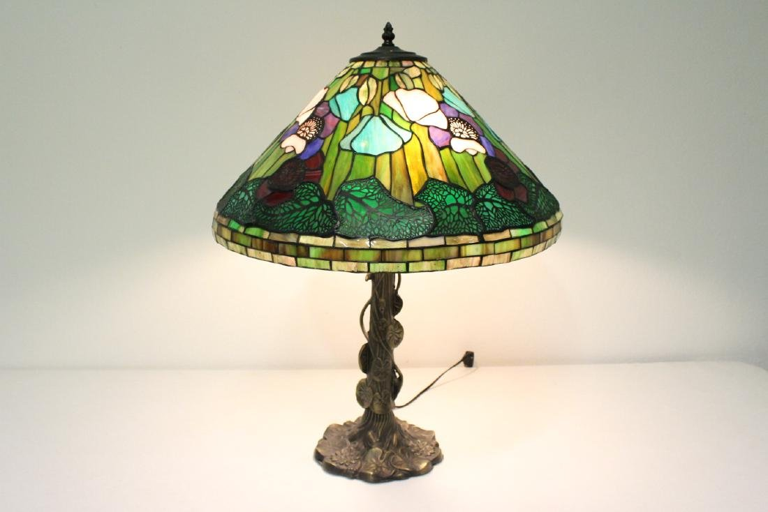 573: E. THOMASSON TIFFANY STYLE LEADED GLASS LAMP NUDE