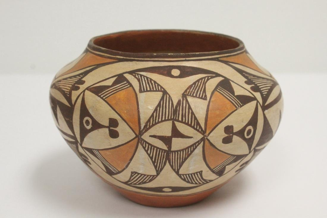 Antique American Acoma Indian pottery jar