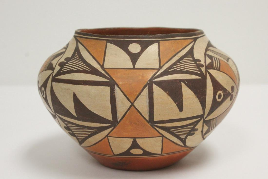 Antique American Acoma Indian pottery jar - 2
